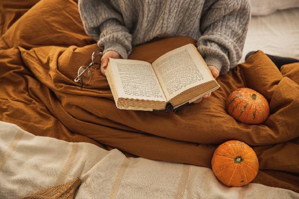 读书是一种享受_900字(有关读书的好段佳句)